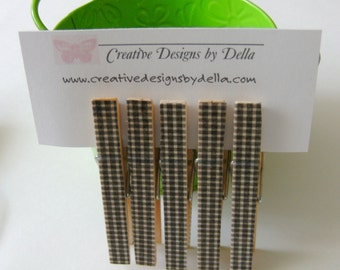 CLOTHESPINS / Decorative Wood Black Gingham /  Set of 5 /  Kitchen Office Decor / Party Favors