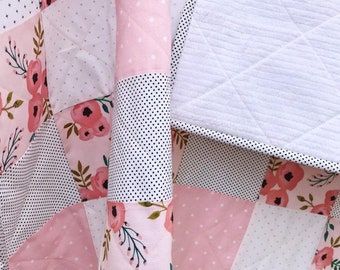 Minky baby quilt-polka dot minky-unique baby gift-newborn Baby quilt-honey bees and bears baby quilt-polka dot quilt-shower gift-Ready to go