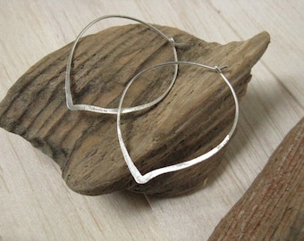 Petal / Lotus silver hoop earrings,  modern silver earrings, lotus silver hoops, leaf outline minimalist earrings, hammered silver