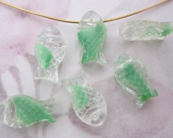30 pcs. glass green givre textured fish drop beads charms 14x8mm - f5292