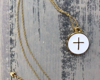 Dainty gold and white enameled pendant preppy necklace