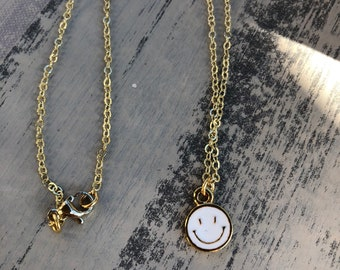 Smiley face enameled charm dainty necklace choker fashion jewelry