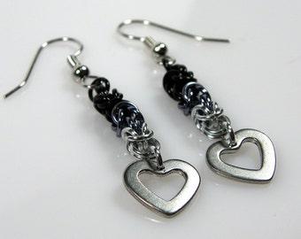 Black Ombre Earrings - Chainmaille Earrings - Heart Earrings - Byzantine Earrings - Dangle Earring - Dainty Earring - Unique Earring