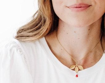 Leaf necklace, Leaf charm necklace, botanical necklace, Gold leaf necklace, botanical jewelry, flower lover necklace, floral jewelry