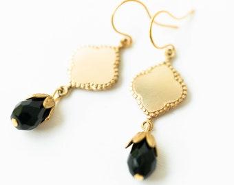 Black earrings, black dangle earrings, small black earrings, Black drop earrings, black and brass earrings, small everyday earrings