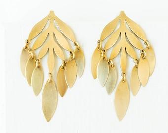 Botanical earrings, leaf studs, leaf earring, botanical statement jewelry, botanical jewelry, leaf stud earrings, wedding jewelry, gold leaf