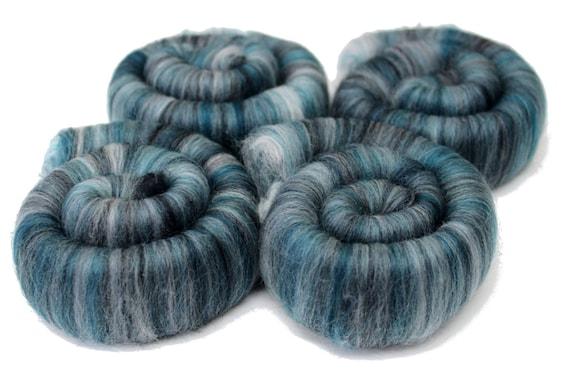 Rolags Merino Wool & Silk  Spearmint 100g Hand Spinning Fibre