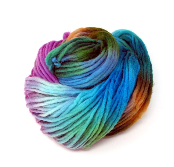 Lovebird pencil roving  extra chunky Cheviot wool yarn 200g Skein
