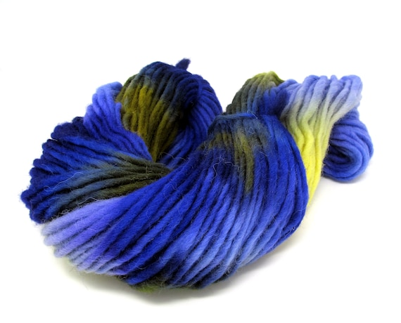 Pencil roving  extra chunky Cheviot wool yarn - Violets 200g Skein V3