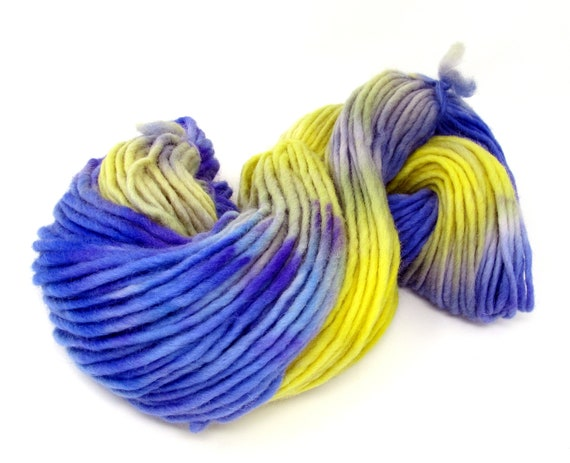 Pencil roving  extra chunky Cheviot wool yarn - Violets 200g Skein V1