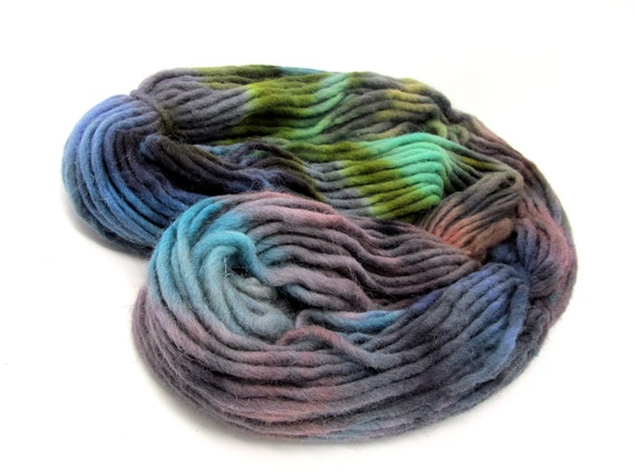 Cheviot Roving Wool Hand Dyed Pencil Roving extra chunky yarn 200g PR11