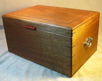 Inlaid Sapele Cigar Humidor - LH 1