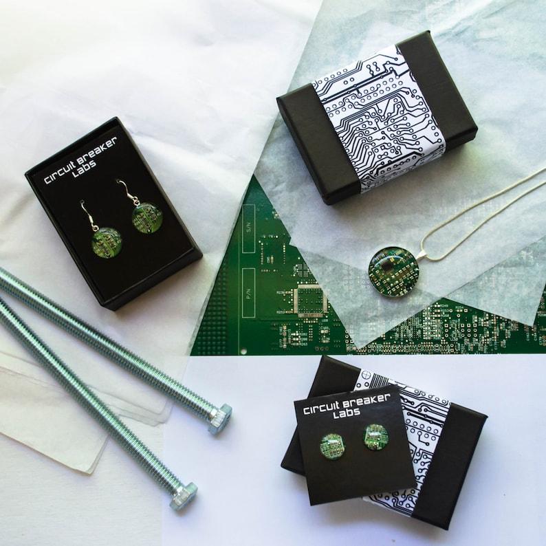 Personalized Cuff Links Custom Wedding Jewelry Best Man Gift Wearable Technology Geeky Jewelry Monogrammed Circuit Board Cufflinks