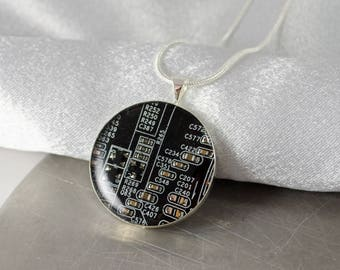 Circuit Board Necklace Black and Silver, Upcycled Circuit Board Jewelry, Motherboard Necklace, Electrical Engineer Gift, Computer Programmer