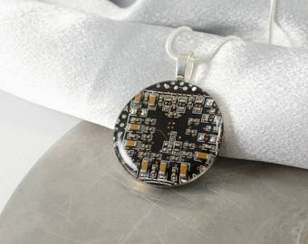 Circuit Board Necklace LARGE Black, Recycled Motherboard Jewelry, Wearable Technology, Computer Gift, Computer Programmer, Upcycled