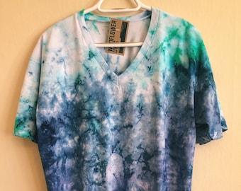 SAMPLE SALE! V-Neck Shirt