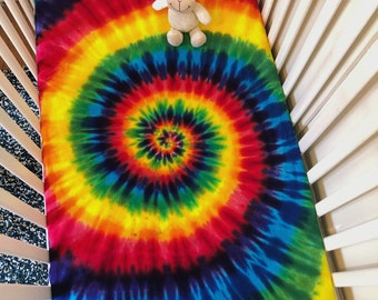 Rainbow Spiral Crib Sheet