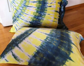 Yellow Bird Silk Pillowcase Set