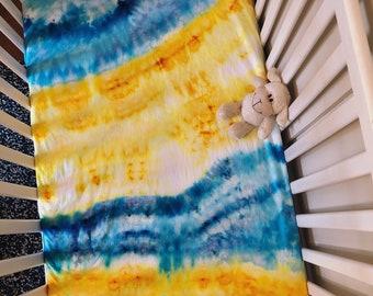 SAMPLE SALE! Tie Dye Crib Sheet