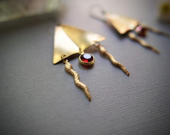 Asp // double snake earrings with red glass and brass triangles