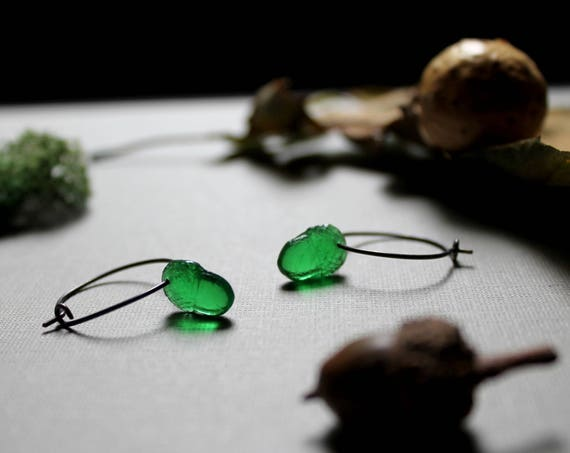 Wee Acorn // green glass acorn earrings
