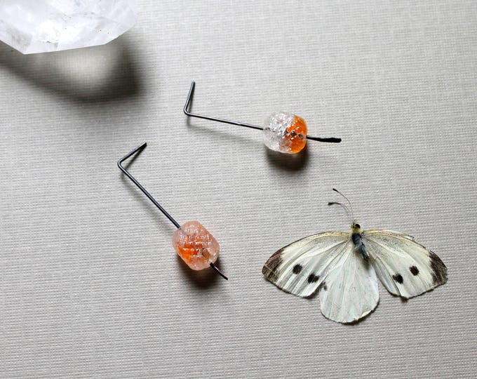 Ice Spirit // vintage orange crackle glass earrings