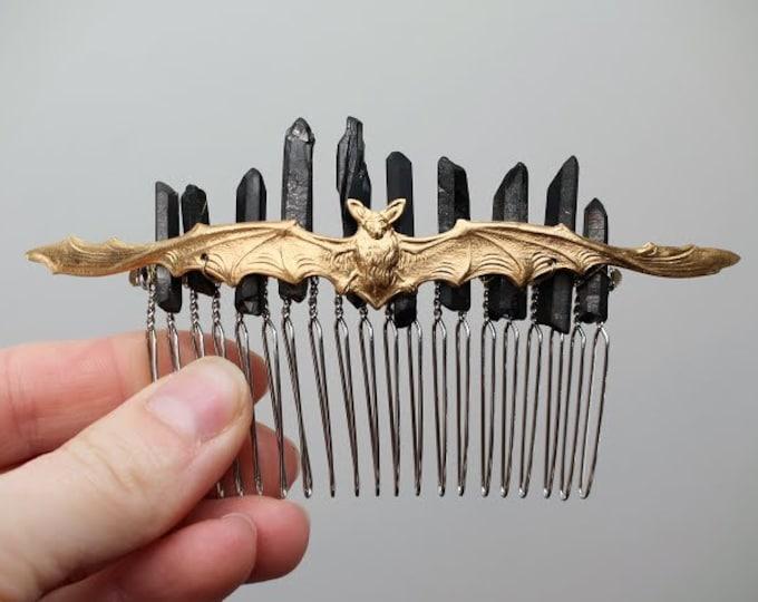 Night Hunter // bat and raw black crystal hair comb
