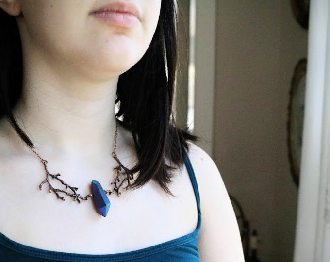 Brambles in Cedar // copper branch and iridescent blue crystal necklace - cool color changing crystal!