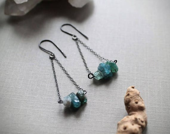 Cornflower // raw blue apatite earrings