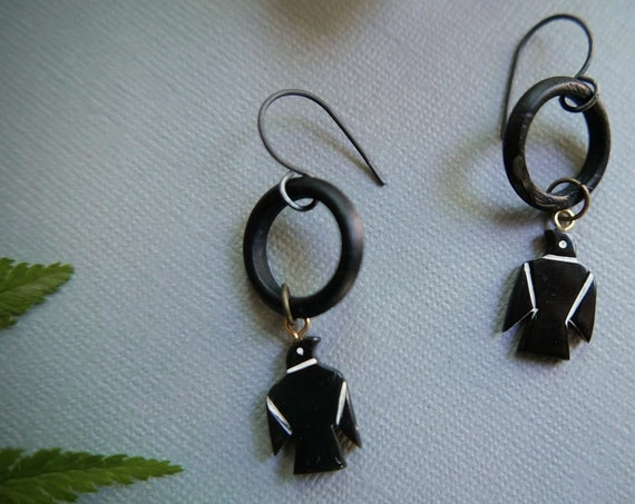 Magpie // black bird earrings