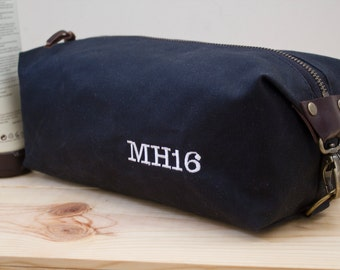 Gift for men, Personalized Dopp Kit, Expandable Toiletry Bag, Travel Bag For Men with Inside Pocket - Waxed Canvas