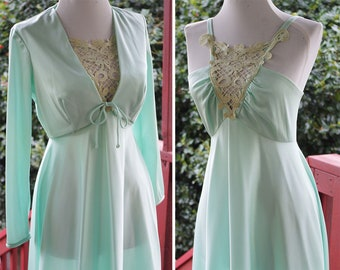 SOFT Seafoam 1970's Vintage Polyester Gown w/ Large Lace Applique + Matching Bolero Jacket Lace // size XS Small 32