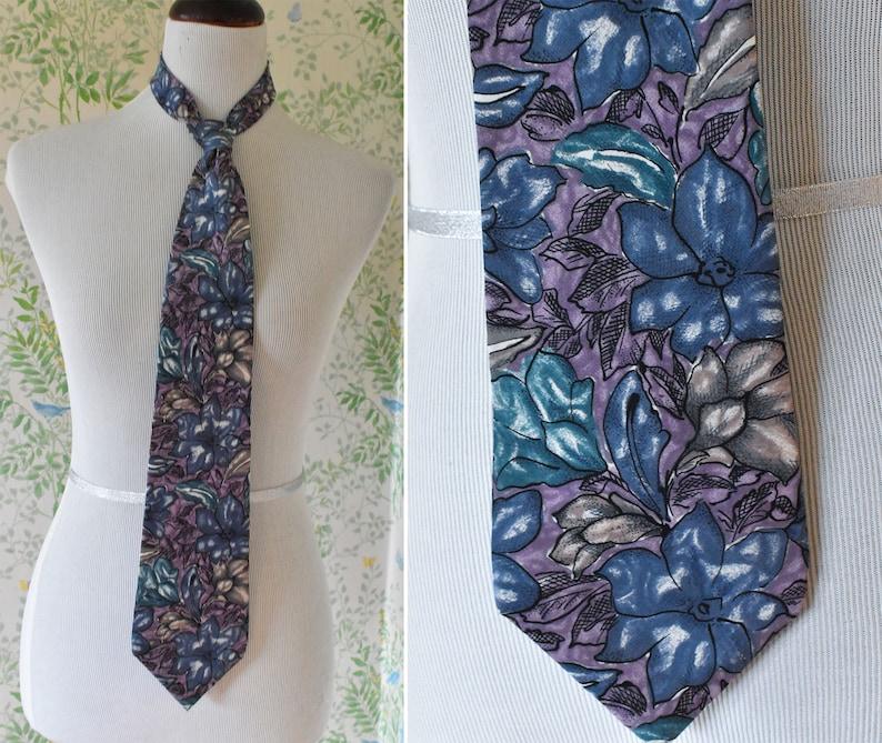 Pure SILK 1980/'s 90/'s Vintage Purple Blue Gray Abstract Floral Artsy Men/'s Suit Tie  by HALSTON III