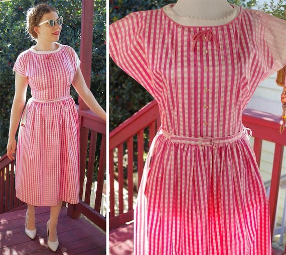GINGHAM 1950's 60's Vintage Bright Pink + White Gi