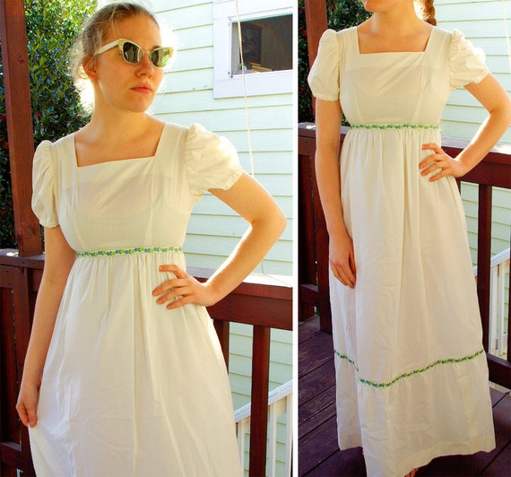 FAIRY Tale 1960's Vintage White Puff Sleeved Maxi