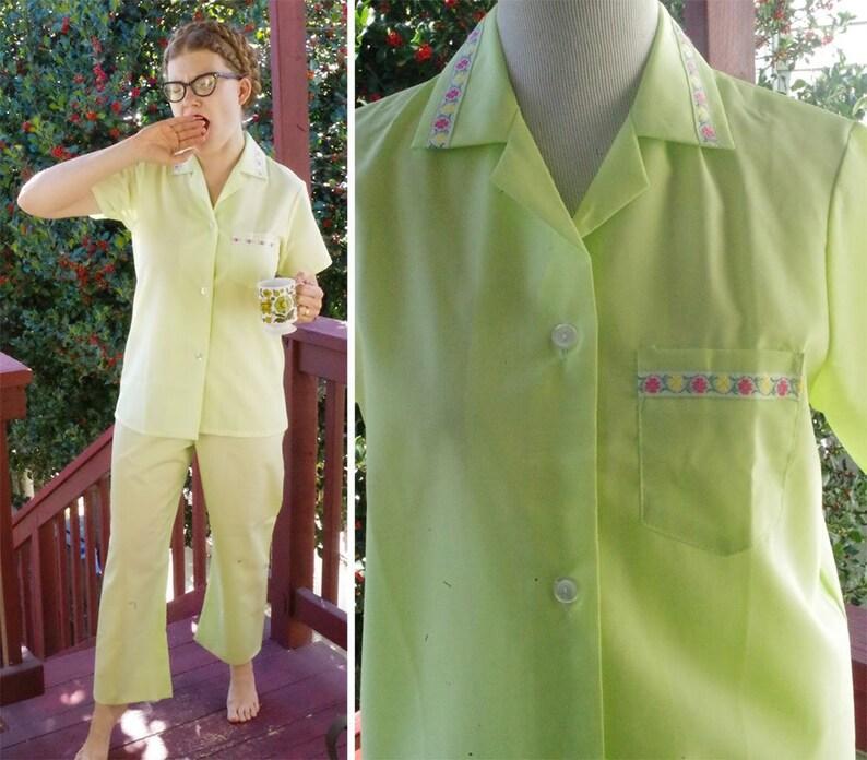14e3c1b1d Pale LIME 1960 s 70 s Vintage Light Green PJs w