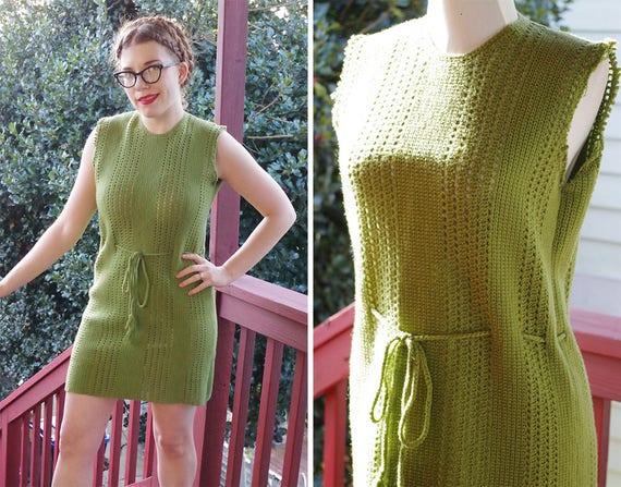 AVOCADO 1960's Vintage Solid Olive Green Sleeveles