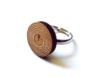 Record Ring. LP Ring. Music Ring. Wood Ring. Gifts Under 25. Gift for Her. Record Jewelry. Friend Gift. Girlfriend Gift. Mom Gift. Laser Cut