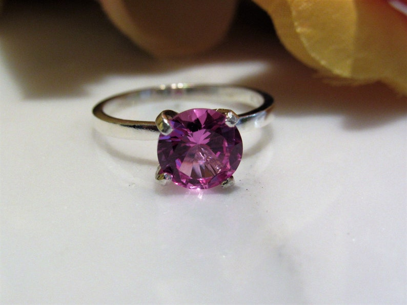 Beautiful!Lab Created Pink Sapphire Solitaire Sterling Silver Ring Promise Engagement Christmas Valentine,Birthday 2.0 Carat~8mm