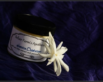 Jasmine Moisturizing Cream, all natural ingredients with sea kelp extract, antioxidant rosehip seed and rejuvenating carrot seed oils