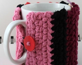 Crocheted Coffee or Ice Cream Cozy, Red, Pink, and Black (SWG-Z03)