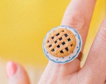 Lattice Pie Ring - polymer clay miniature food jewelry