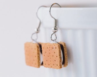 S'mores Dangle Earrings - polymer clay miniature food jewelry