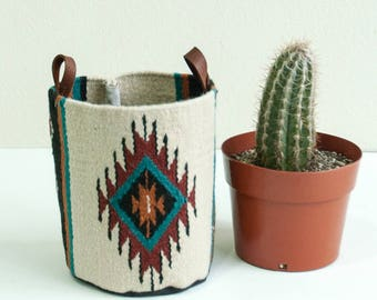 Large Woven Bucket- Azul Pattern
