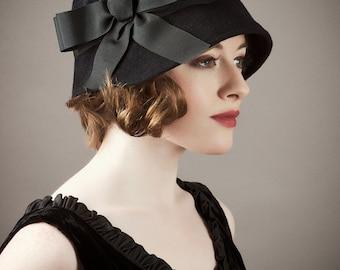 Cloche Hat - Black Velour Cloche