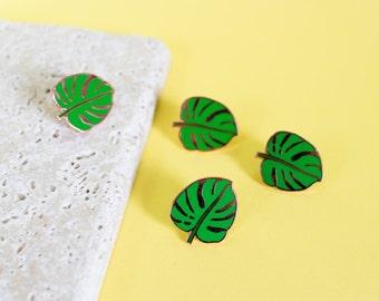 Monstera leaf pin - enamel pin - lapel pin - swiss cheese plant pin - leaf pin - monstera gift  - plant pin - plant gift - monstera gift