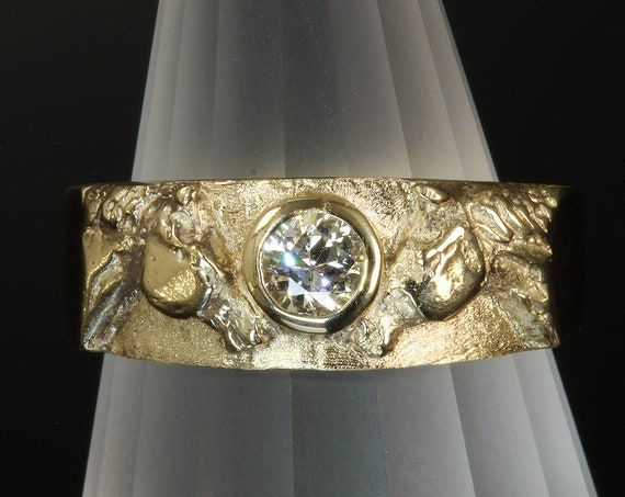 14K Yellow Gold Quarter Horse Ring with Quarter Carat Diamond by Cavallo Fine Jewelry