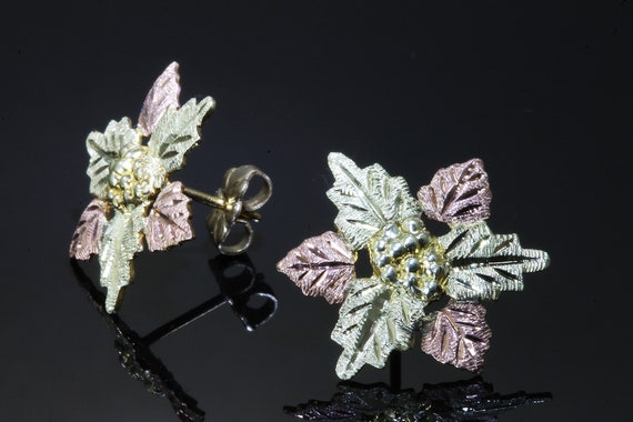 Vintage Black Hills Gold 10K/12K two tone gold stud leaf earrings, classic fine jewelry, grape leaves, American made, good luck