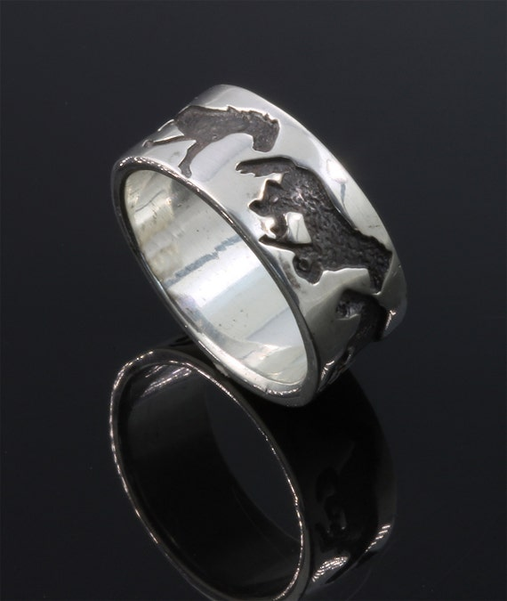 Sterling Silver Gallop Ring by Cavallo Fine Jewelry