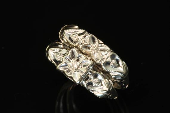 14K White and Yellow Gold 1940s Locking Wedding Rings